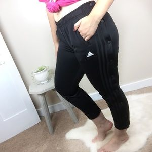 [Adidas] Black Snap Button Cropped Sweatpants